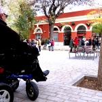 A Sant Andreu Comtal no poden accedir les persones amb mobilitat reduïda / DGM