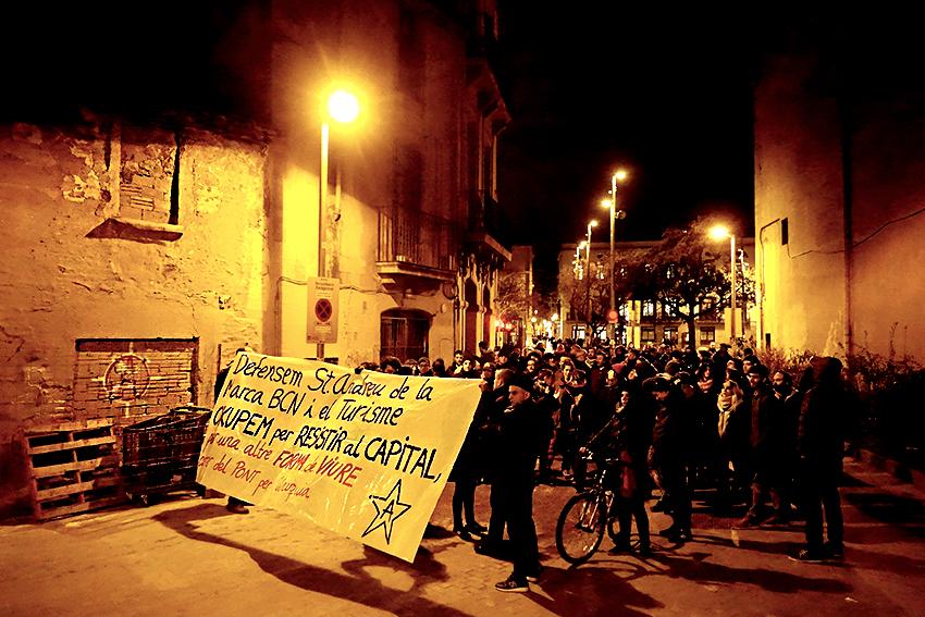 manifestació desallotjades carrer pont 2 cases deditada david garcia mateu