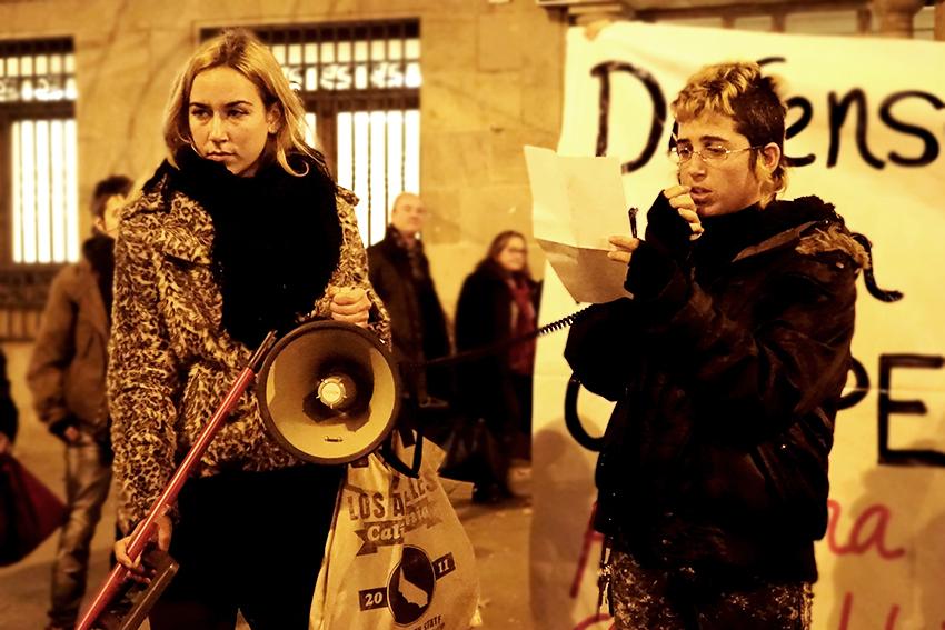 manifestació desallotjades carrer pont cases deditada david garcia mateu