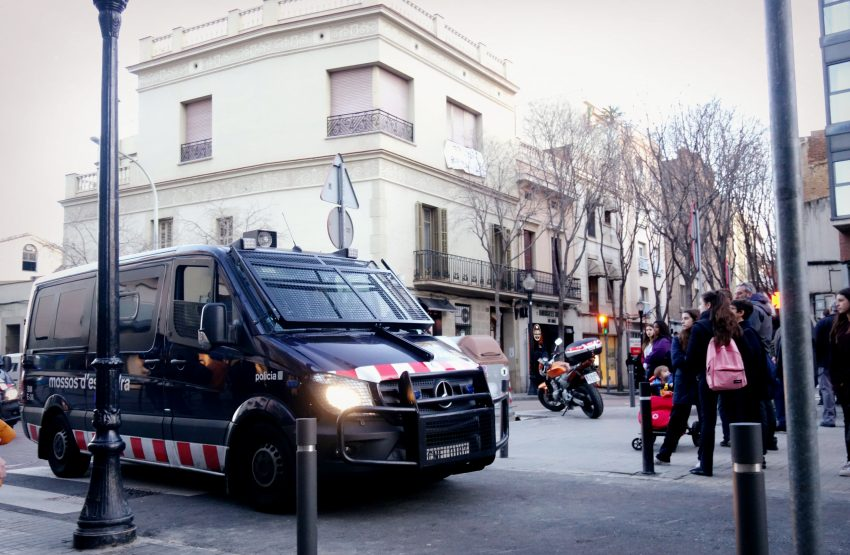 desallotjament mossos casa senyorial