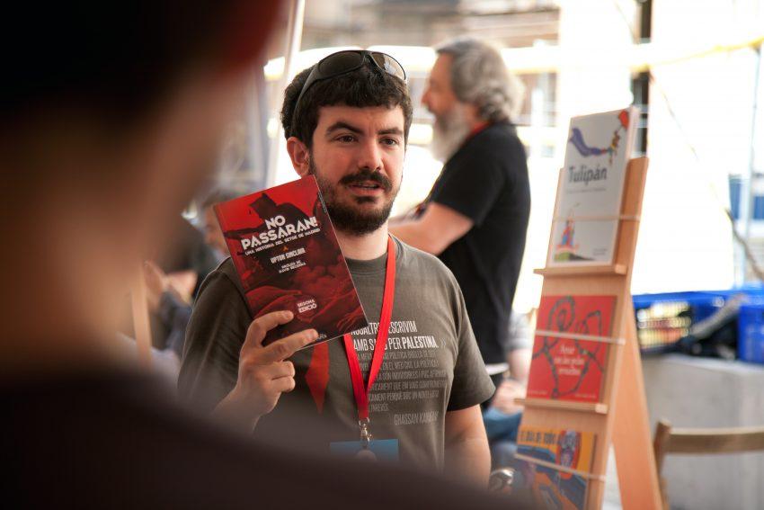 Imatge de la carpa del mercat del llibre de la fira Literal 2016 / FIRA LITERAL BARCELONA