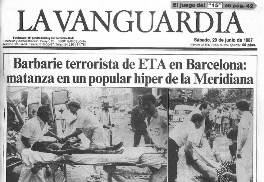 Portada de La Vanguardia sobre l'atemptat terrorista d'ETA a l'Hipercor / ARXIU