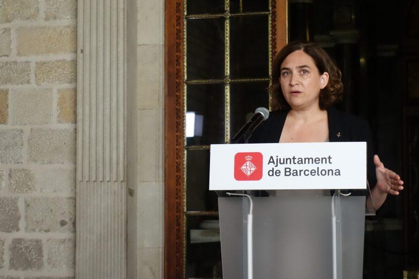 L'alcaldesa de Barcelona, Ada Colau, en la roda de premsa d'aquest divendres / DGM