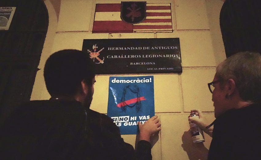Recordatori de l'empaperada al local de la Hermamdad de Antiguos Caballeros Legionarios de Barcelona / DGM