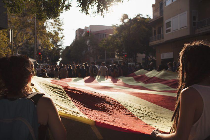 Columna de Sant Andreu de Palomar durant la vaga general del passat 3 d'octubre / COLECCIONISTAS DE MOMENTOS