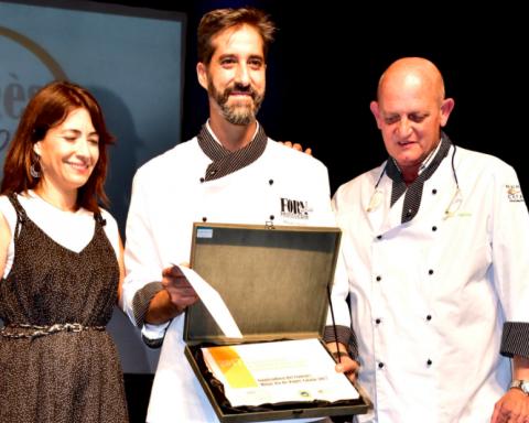 Miquel Guich, del Forn de Pa del Passeig, recull el premi / CONSELL REGULADOR DE LA IGP PA DE PAGÈS CATALÀ
