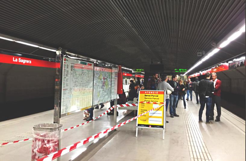Cau el sostre a l'estació de La Sagrera / ARNAU SEGUÍ