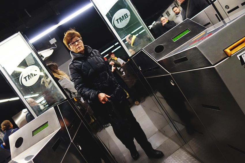 Metro acció stop puajdes DGM