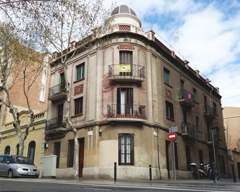 La finca modernista situada al carrer de Malats i Matagalls / DGM
