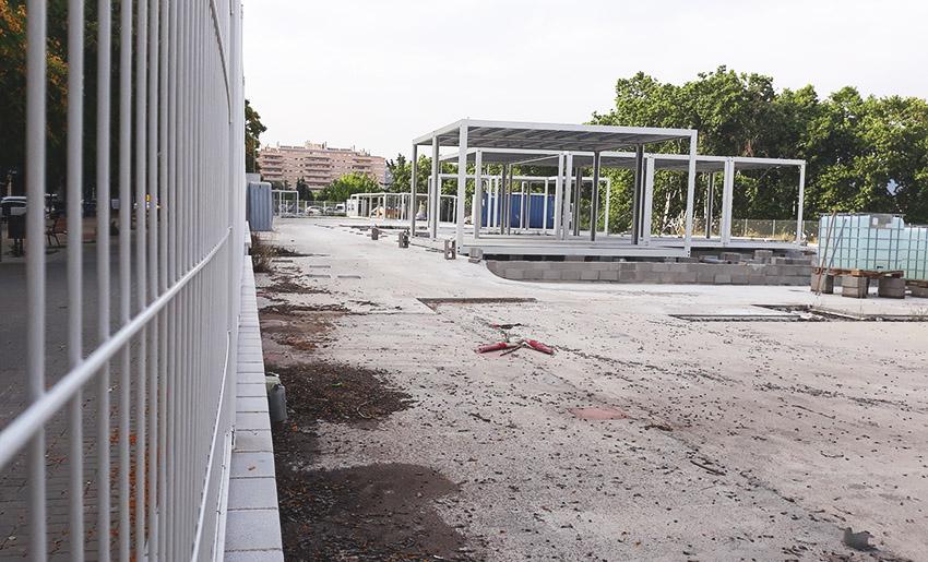 Els futurs barracons de l'Escola La Maquinista, a mig fer / DGM