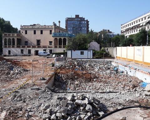 La piscina de l'Ignasi Iglésias, ara ja plena de runa / DGM