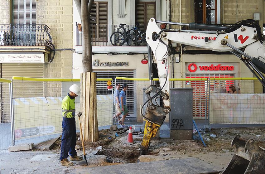 Rebaixes i obres al carrer Gran de Sant Andreu / DGM