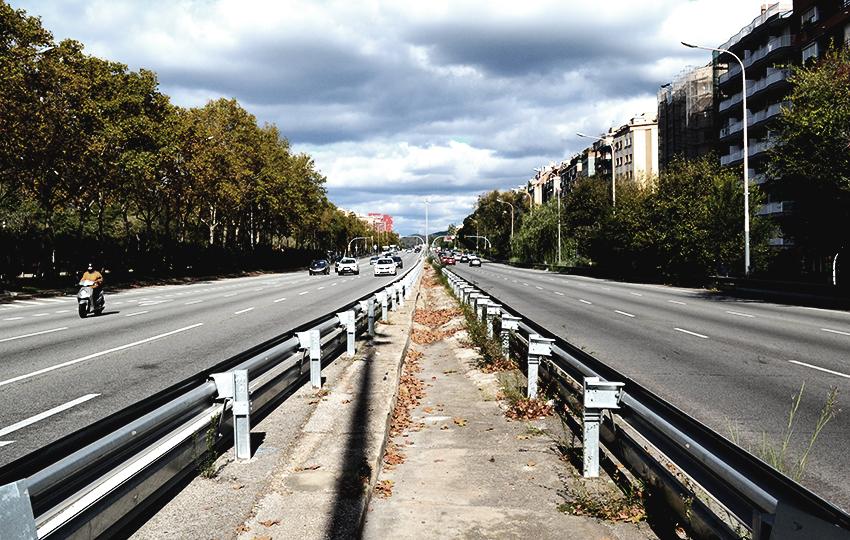 avinguda-avenida-meridiana-desde-la-mediana-infinito-editada-david-garcia-mateu