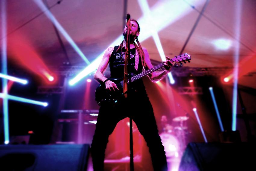 1Festa-Major-cantante-guitarrista-hotel-cochambre.-Editada.-David-García-Mateu.jpg