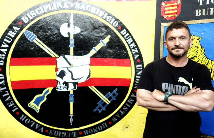 José Luis Córdoba, president de la Hermandad de Antiguos Caballeros Legionarios de Barcelona DGM