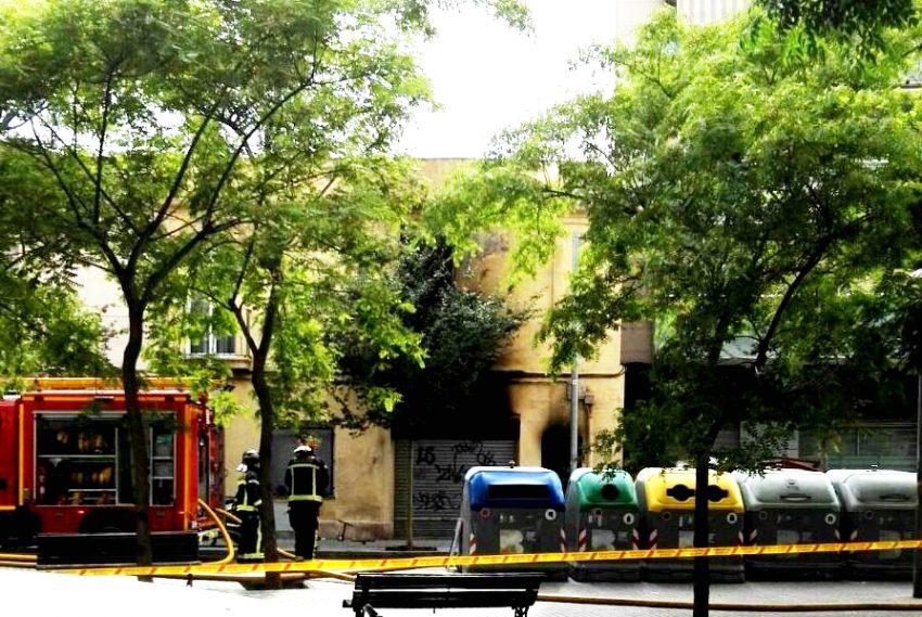 Incendi al carrer del Segre Jaume Miro