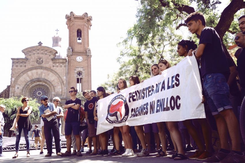 manifestacio antifesixista legionarios sant andreu