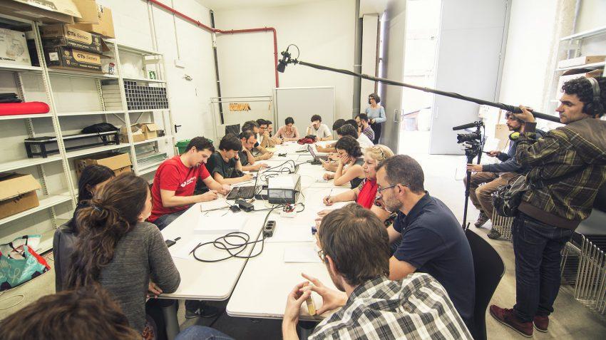 Els membres de Barcelona en Comú durant la nit electoral que els va catapultar a l'alcaldia de Barcelona / MARC LOZANO